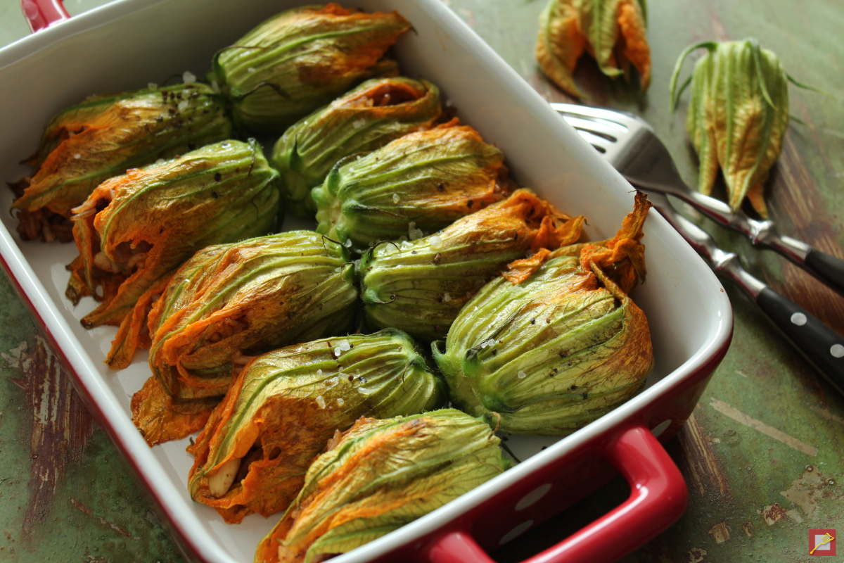 Hello spring, stuffed zucchini flowers