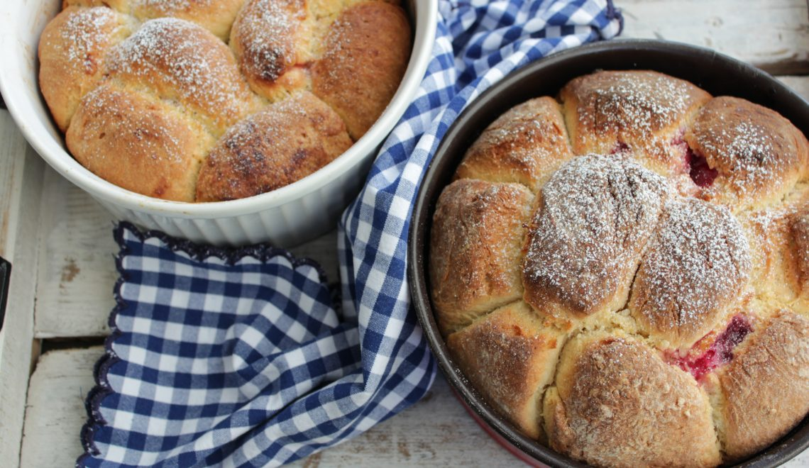 Sweet Austrian buns, Grandma's recipe