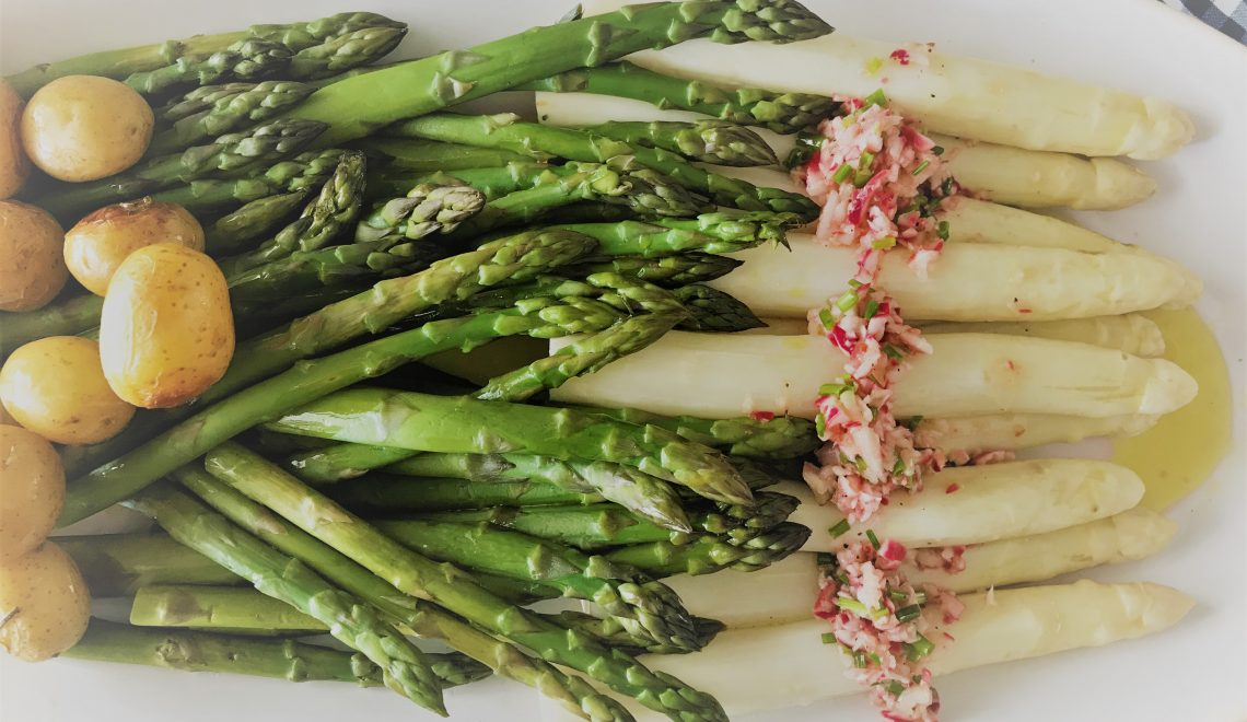 Perfect in shape – asparagus platter