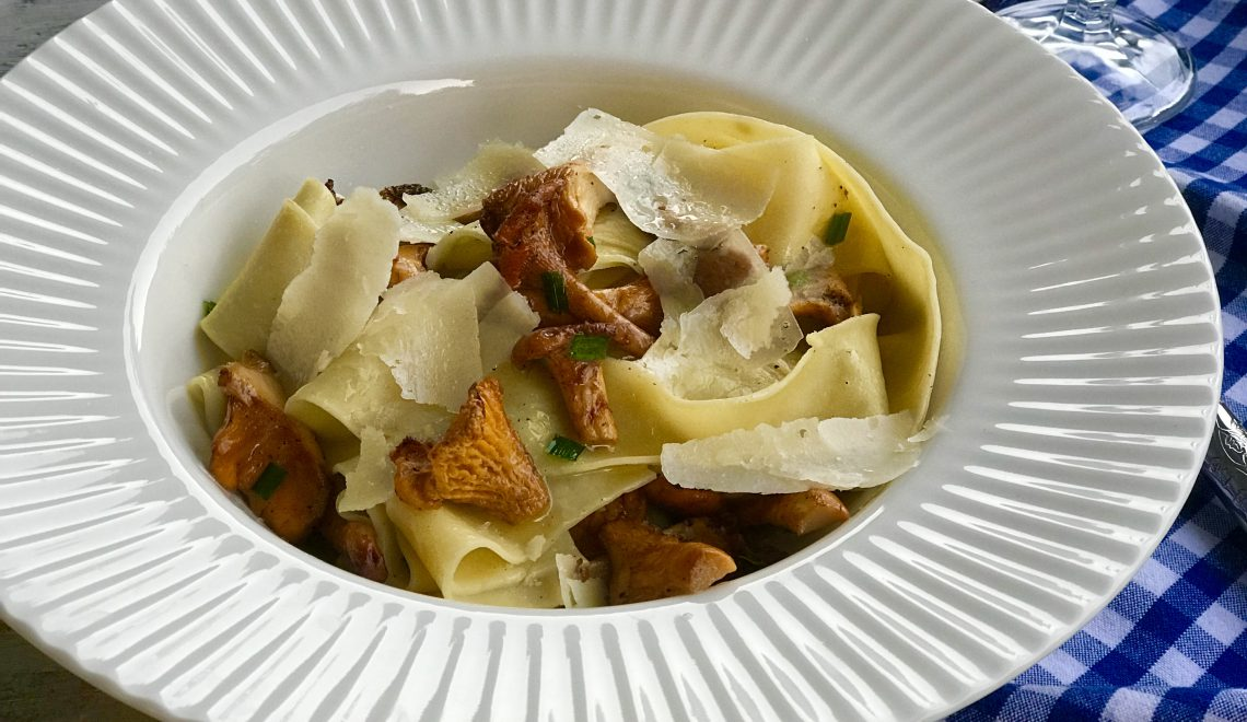 Chef's Handyman Tagliatelle with Mushrooms