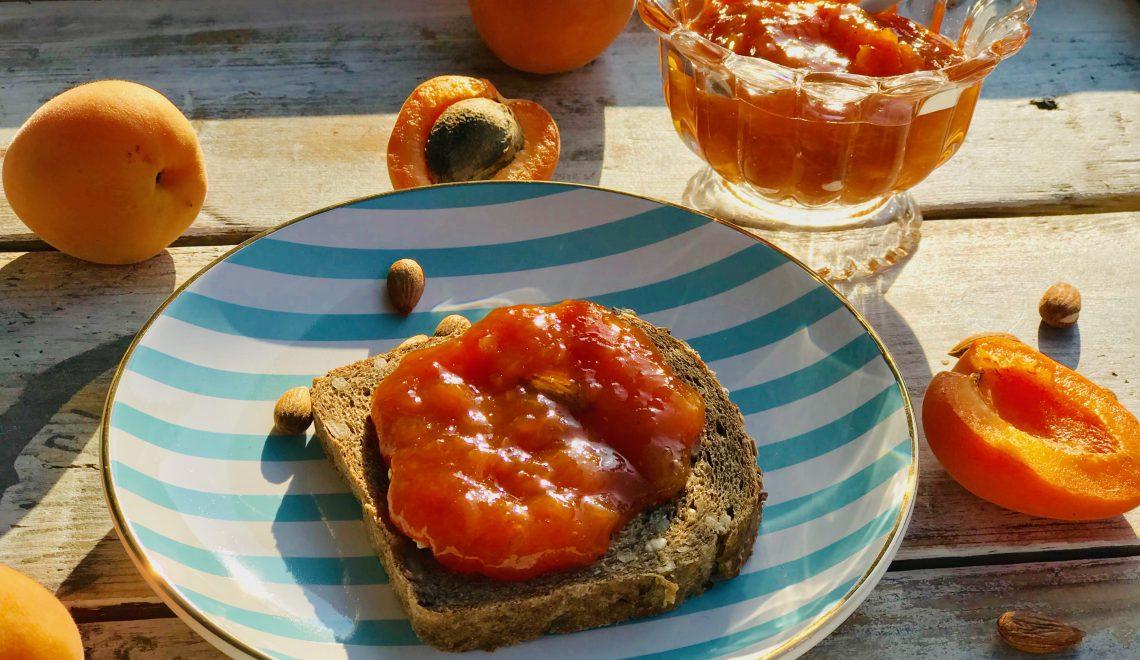 Apricots, sweet-sour